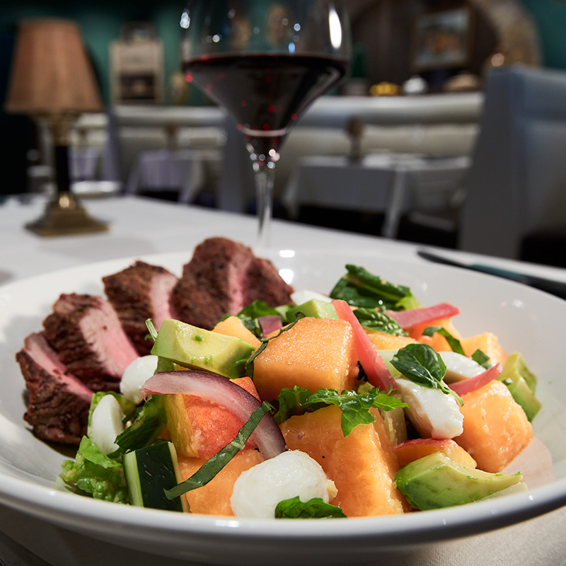 Harris-Ranch_filet-cantaloupe-salad